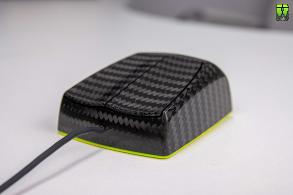 Zaunkoenig M1K Review – Carbon Fibre Gaming Mouse weighting only 23g